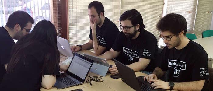 Una aplicación sanitaria gana el primer premio local de la HackForGood en la UCLM
