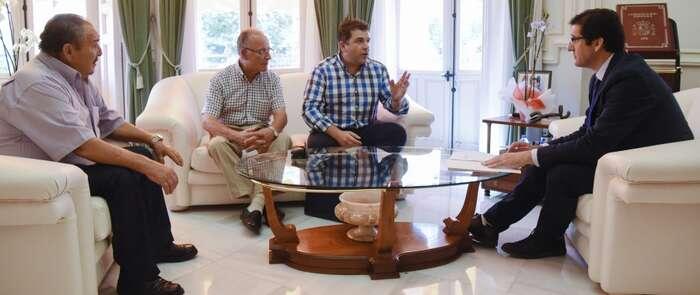 El alcalde de Puebla del Príncipe pide ayuda a la Diputación de Ciudad Real para acondicionar el centro polivalente