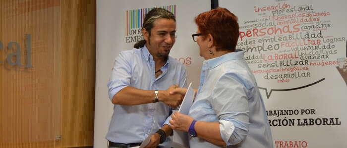 El IMPEFE y Cruz Roja Española firman un convenio para facilitar la inserción laboral