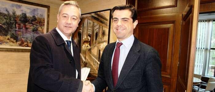 Javier Cuenca afirma que seguirá colaborando con el Gobierno de España para garantizar la seguridad y el bienestar de los albaceteños