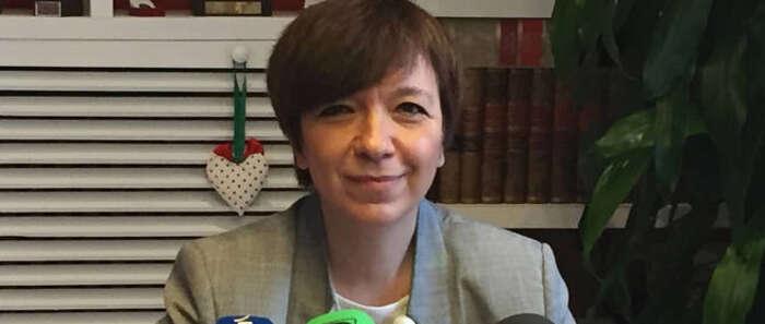 La alcaldesa de Alcázar de San Juan anuncia su dimisión