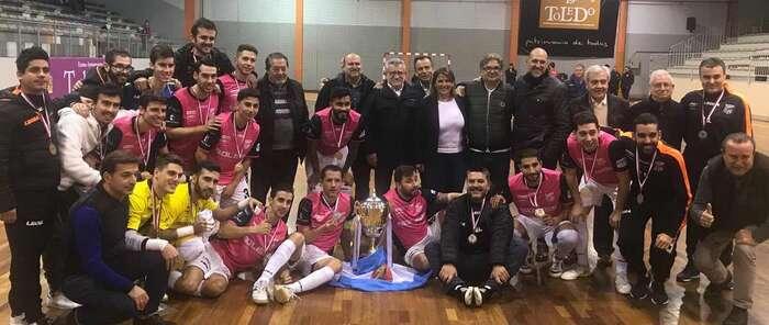La consejera de Fomento asiste a la final del XIV Torneo de Fútbol Sala de la Junta de Comunidades de Castilla-La Mancha entre el Talavera y el Valdepeñas