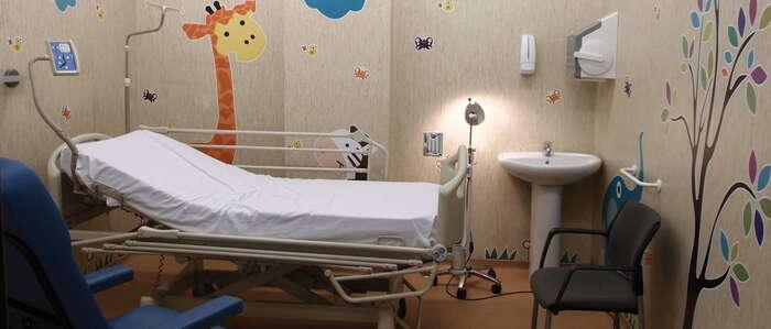 El Hospital de Tomelloso crea un circuito de atención pediátrica en Urgencias y duplica el número de salas para observación infantil