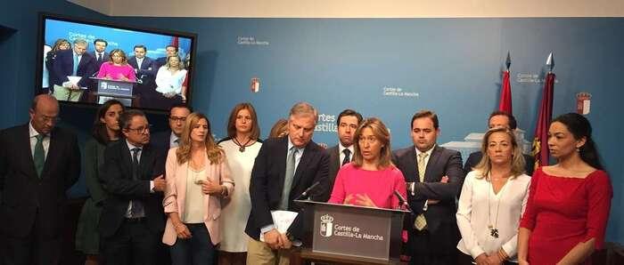 """Cataluña monopoliza la """"bronca-sesión"""" de este jueves, que termina antes de lo previsto por el abandono del PP"""