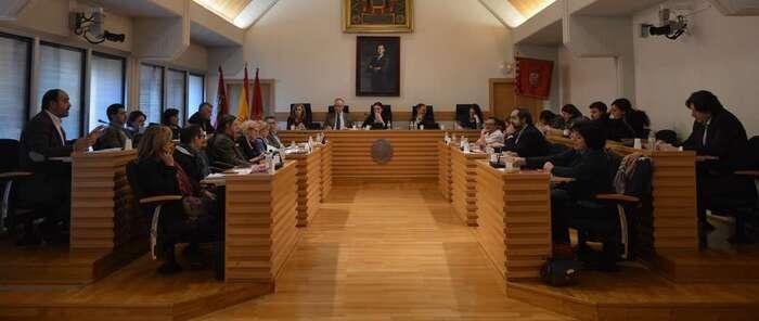 Fernández, exedil de C's en el Ayuntamiento de Ciudad Real, deja el Pleno al pedirle rectificar sus palabras machistas