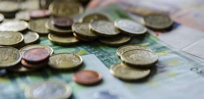 Una persona encuentra casi dos mil euros en la calle y los entrega en la Comisaría de Albacete