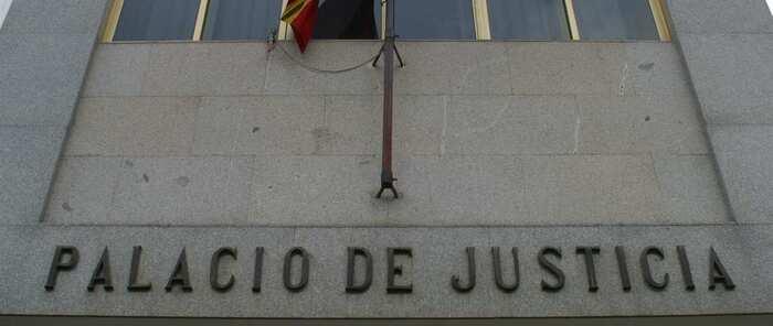 Piden 14 años por asesinato para el joven acusado de apuñalar a otro por pisarlo en un pub de Puertollano