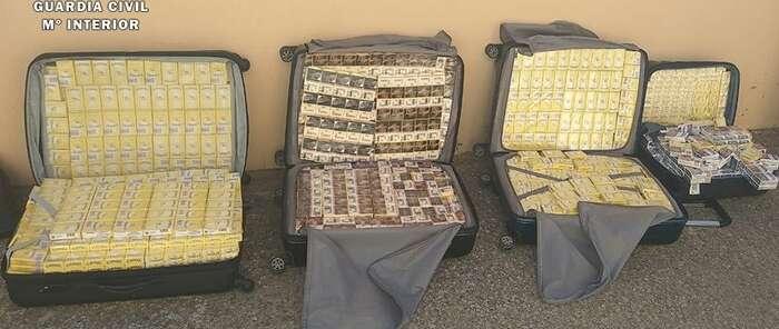 La Guardia Civil aprehende en Caudete 2.644 cajetillas de tabaco sin la precinta reglamentaria