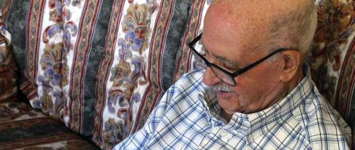 El 'abuelito Valentín', natural de La Roda, publica su primer libro de cuentos a los 90 años
