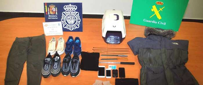 Seis detenidos, que actuaban en Madrid y Cuenca, por robar armados en locales de apuestas deportivas