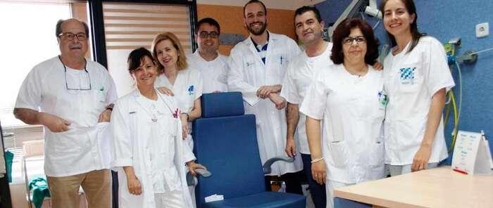 Hospital Puertollano realiza la primera implantación de una prótesis fonatoria a una paciente con la laringe extirpada
