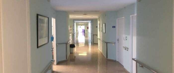 Sescam reabre la tercera planta del hospital de Hellín, tras subsanar los desperfectos causados por una tormenta