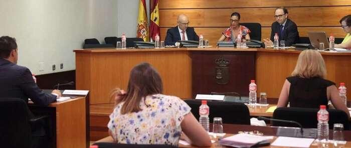 """El brote de hepatitis A con 19 afectados en Albacete en 2017 fue """"multinacional"""" y se propagó de persona a persona"""