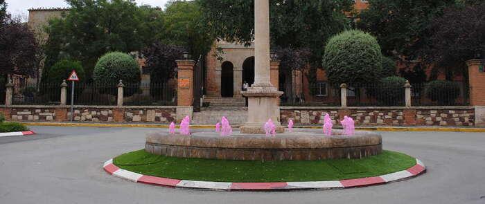 Valdepeñas se suma al rosa en la lucha contra el cáncer de mama