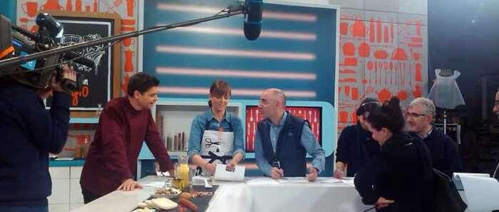 """El programa de TVE 1 """"Cocina con Sergio"""" que girará en torno al queso se grabará en Manzanares"""