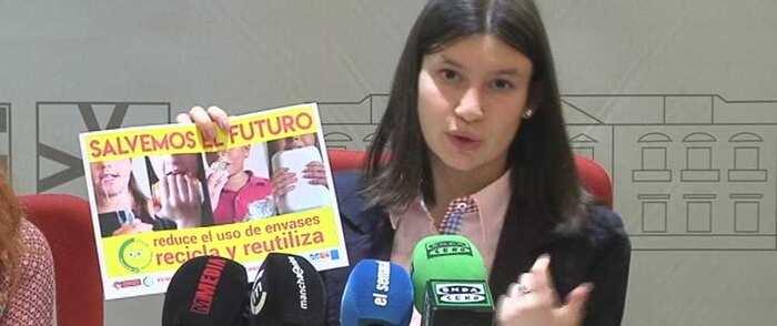 El consejo Local de Infancia y Adolescencia de Alcázar crea una campaña publicitaria para la concienciación sobre el uso del plástico