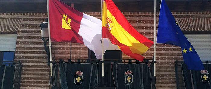 Banderas a media asta en Marchamalo los dos últimos días de Fiestas por el fallecimiento de Guillermo Grupeli