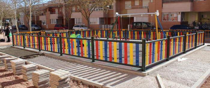 Los niños y niñas más pequeños de Alcázar de San Juan podrán disfrutar en unos días de un nuevo parque infantil en el barrio de La Pradera