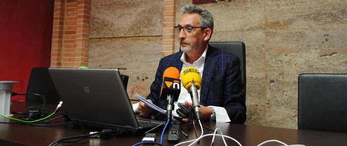 El alcalde de Valdepeñas llama a la participación ante el descenso del número de votantes