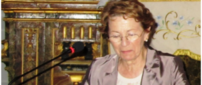 Manuela Sáez González, una gran especialista en el mayor mecenas de Cervantes, visita Alcázar de San Juan