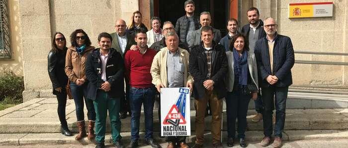 La Plataforma N-430 se reune con la delegada del gobierno en Extremadura Mª Cristina Herrera