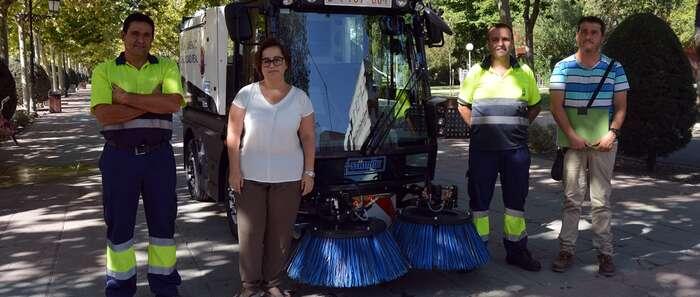 Nueva máquina barredora para mejorar  la limpieza en Ciudad Real