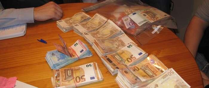 Descubierto un fraude de más de 25 millones de euros en el impago  de IVA  sobre bebidas alcohólicas