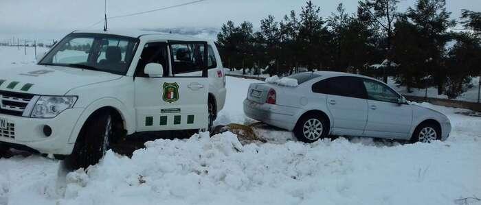 El Gobierno regional despliega a sus agentes medioambientales para colaborar con el 112 en el temporal de nieve