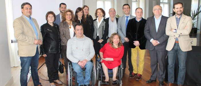 El Gobierno regional ha incrementado un 7 por ciento en 20 meses el presupuesto destinado a entidades de atención a personas con discapacidad