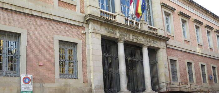 El nuevo Acuerdo Marco de mantenimiento de los edificios de la Junta favorece la participación de las pymes de la región