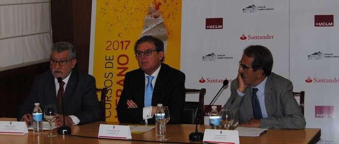 El Gobierno regional apuesta por un sistema de financiación de la Universidad que comprometa y garantice su futuro sin depender de crisis o gobiernos