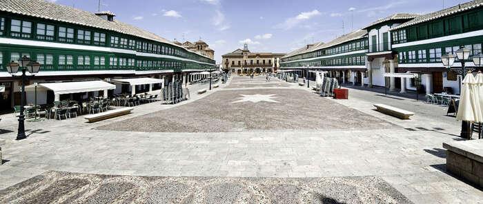Castilla-La Mancha crece por encima de la media del país en viajeros y pernoctaciones en alojamientos de turismo rural