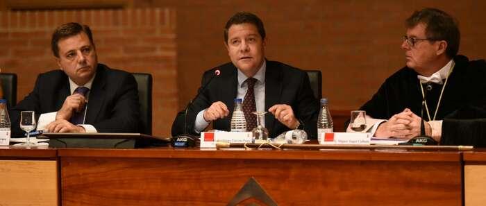 García-Page expresa su apoyo al Gobierno de España, el sistema judicial, la Guardia Civil y la Policía Nacional ante los acontecimientos de Cataluña