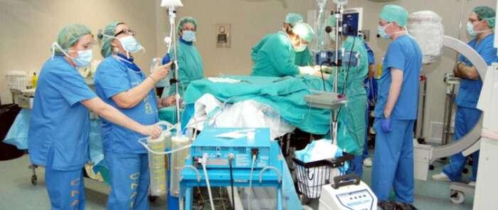 Ciento cincuenta y ocho mujeres intervenidas de cirugía oncoplástica en el Hospital de Ciudad Real tras superar el cáncer de mama