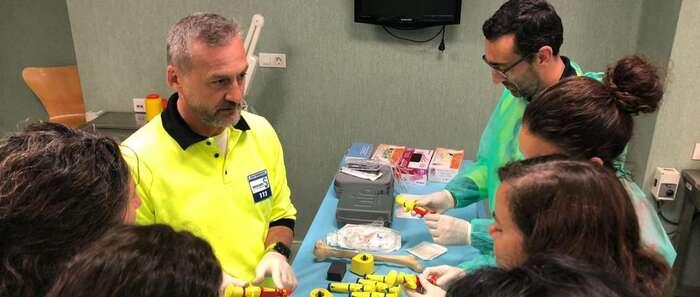 El SESCAM forma a profesionales de Enfermería de Emergencias en la realización de técnicas invasivas de canalización intraósea y del manejo de la vía aérea