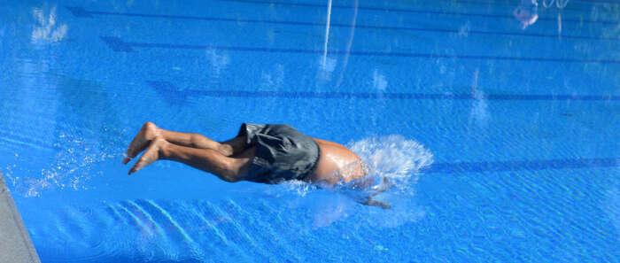 Primeros baños en la nueva piscina olímpica del Polideportivo Rey Juan Carlos I