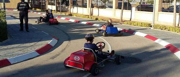 La Policía Local dirige una Pista de Educación Vial con karts