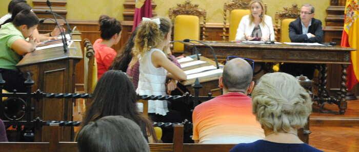 Los jóvenes protagonizaron una nueva sesión plenaria de la Comisión Infantil de Valdepeñas