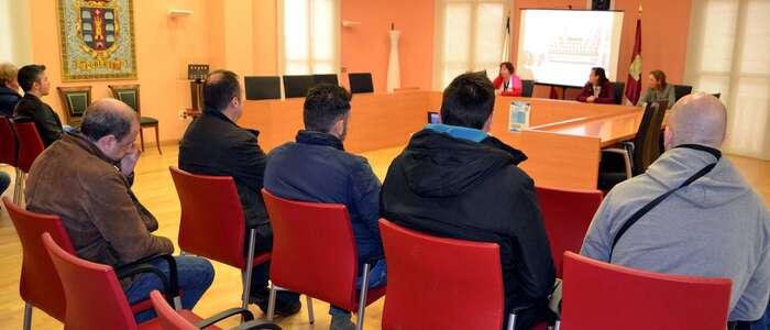 Poblete, primer municipio de la provincia en poner en marcha una Escuela Virtual de Formación gratuita para mejorar la empleabilidad de sus vecinos
