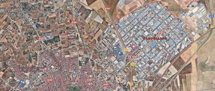 Un incedio en un almacen de bebidas de Albacete obliga a desalojar el edificio
