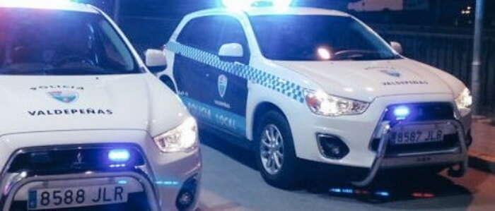 La Policía Local de Valdepeñas detiene a cuatro individuos cuando se disponían a robar un camión en el Polígono del Vino