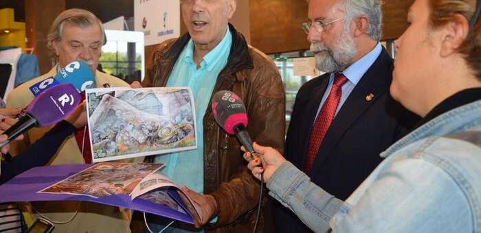 Imagen: Ramos anuncia en FARCAMA que un mural cerámico decorará la torre Albarrana de la Calle Carnicerías
