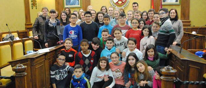 Recepción a alumnos de Belfast de intercambio con el colegio público Lucero de Valdepeñas