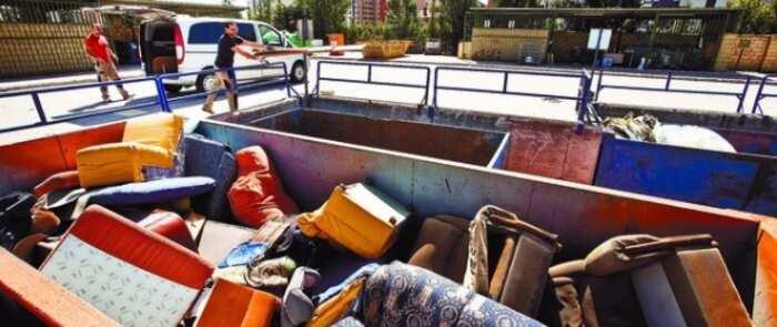El recogedor, un servicio que actúa en Salamanca y Valladolid y que permite incrementar la recogida de muebles como una alternativa sostenible
