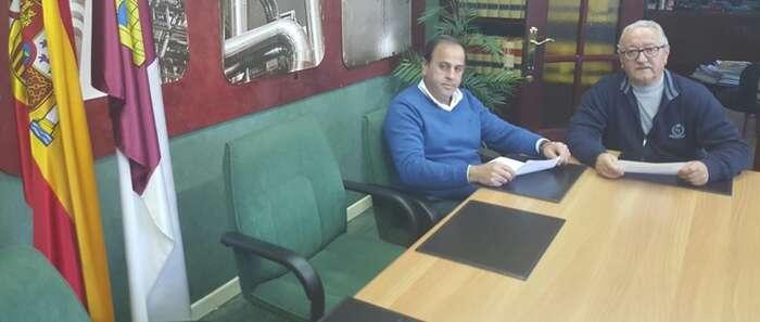 VOX Ciudad Real se interesa por la problemática económica que afecta al sector servicios en Puertollano