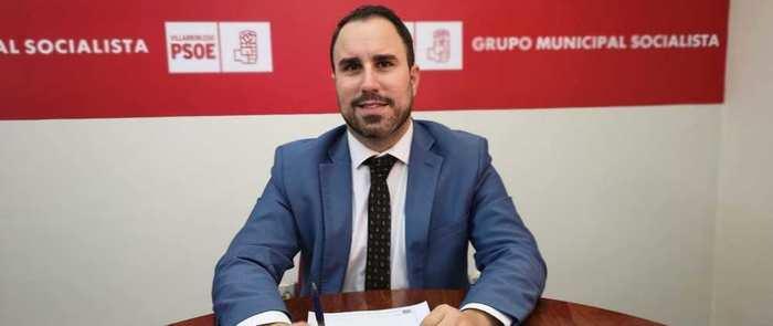 El grupo municipal Socialista del Ayuntamiento de Villarrobledo denuncia que no ha recibido la documentación requerida al Alcalde