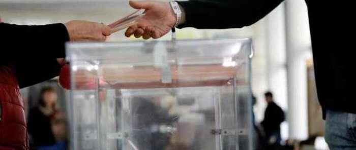 Las 3.082 mesas de las elecciones a las Cortes de Castilla-La Mancha se han abierto sin ningún tipo de incidencia