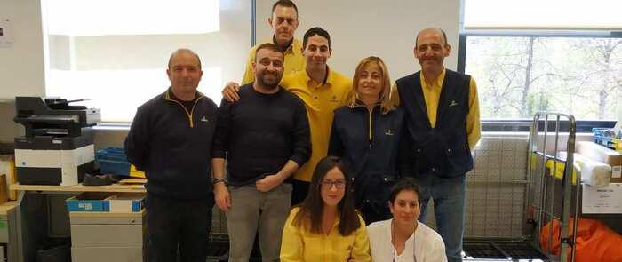Los carteros de la Unidad de Servicios Especiales de Cuenca reciben un Premio Nacional a la Excelencia