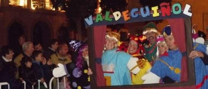 Star Wars, Don Quijote y las Reinas de la Colmena triunfan en el Concurso de Máscaras Callejeras