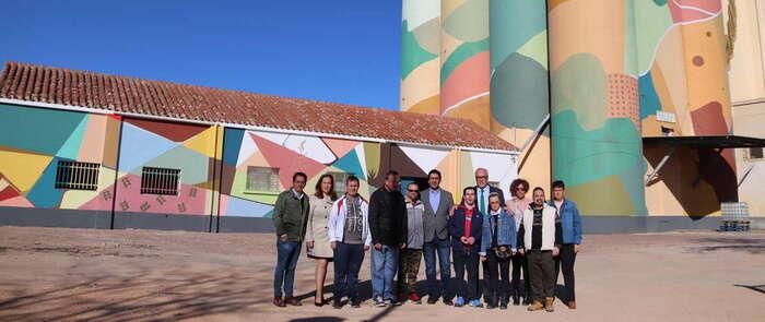 A punto de finalizar el arte urbano de los silos
